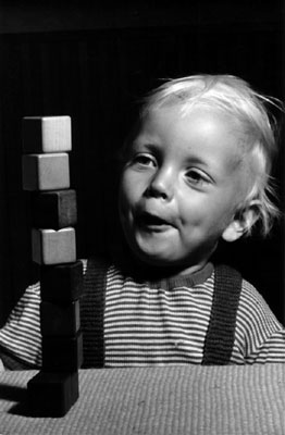 Pitt with building blocks, 1955